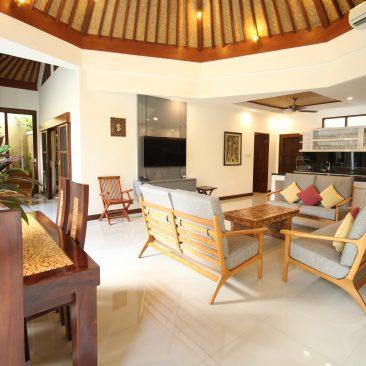 Living Room Din Table_compressed