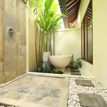 Master Bali Shower Bathtub_compressed